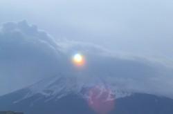 閃光(富士吉田市2010年1月21日12:56)