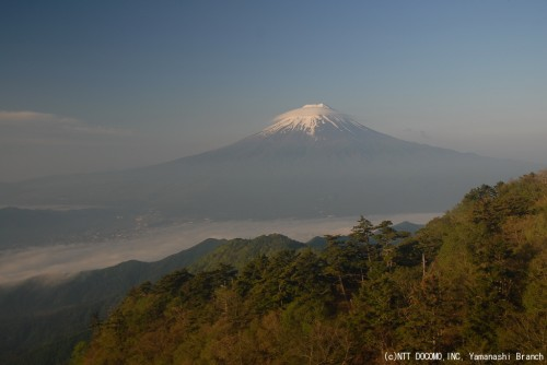 三ツ峠の富士山(2010年6月2日5:40)