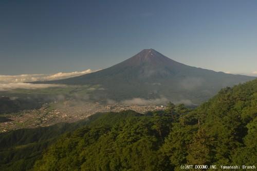 富士山・三ツ峠(2010年8月5日7:00)