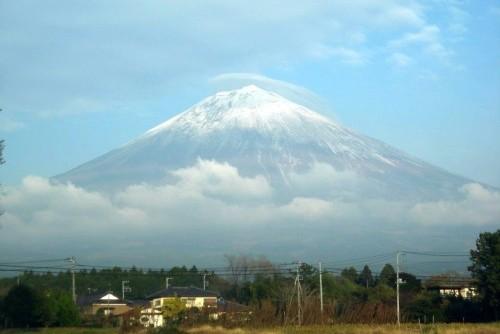 富士山の笠雲(2010年11月17日15:35)