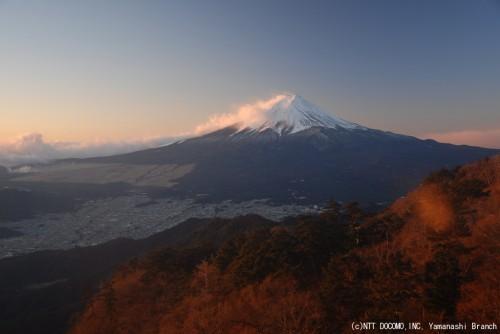 富士山・三ツ峠(2010年12月25日7:10)