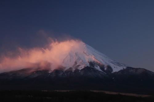 富士山・忍野村(2010年12月25日7:00)