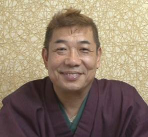 切り絵師 柳家松太郎