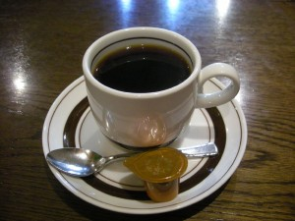食後のコーヒーは老舗の喫茶店ならでは